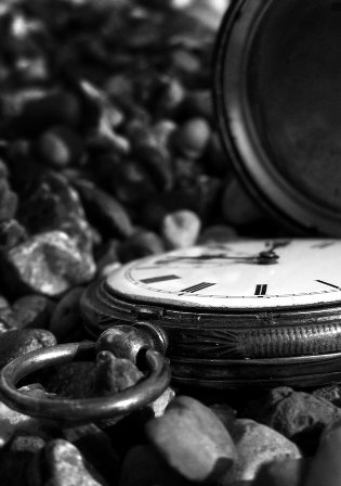 Time_by_brokenminded